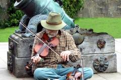 ISS_Culzean Castle - Image of musician